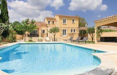 Maison 10 personnes à Rochefort du Gard