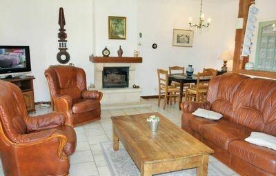 Location Maison à Mormoiron - Photo 1 / 18