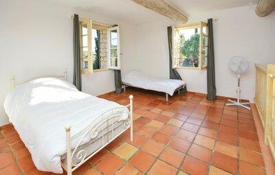 Location Maison à St Pierre de Vassols - Photo 32 / 47