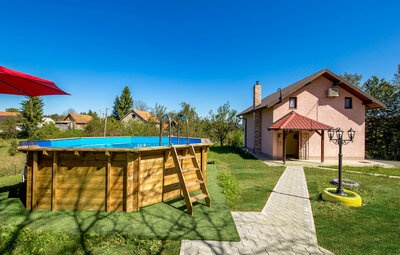 Location Maison à Bosiljevo - Photo 1 / 38
