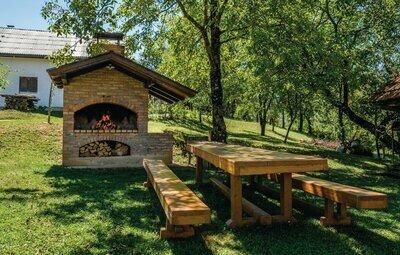 Location Maison à Ozalj - Photo 1 / 45
