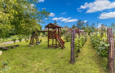 Location Maison à Bosiljevo - Photo 1 / 51