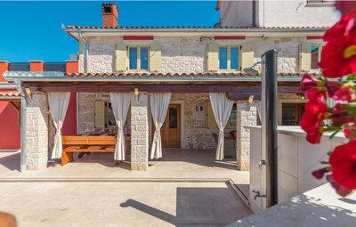 Location Maison à Plovanija - Photo 13 / 52