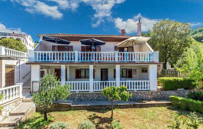 Maison 10 personnes à Klenovica