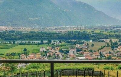 Casa Lorenzo, Maison 6 personnes à Rogno BG