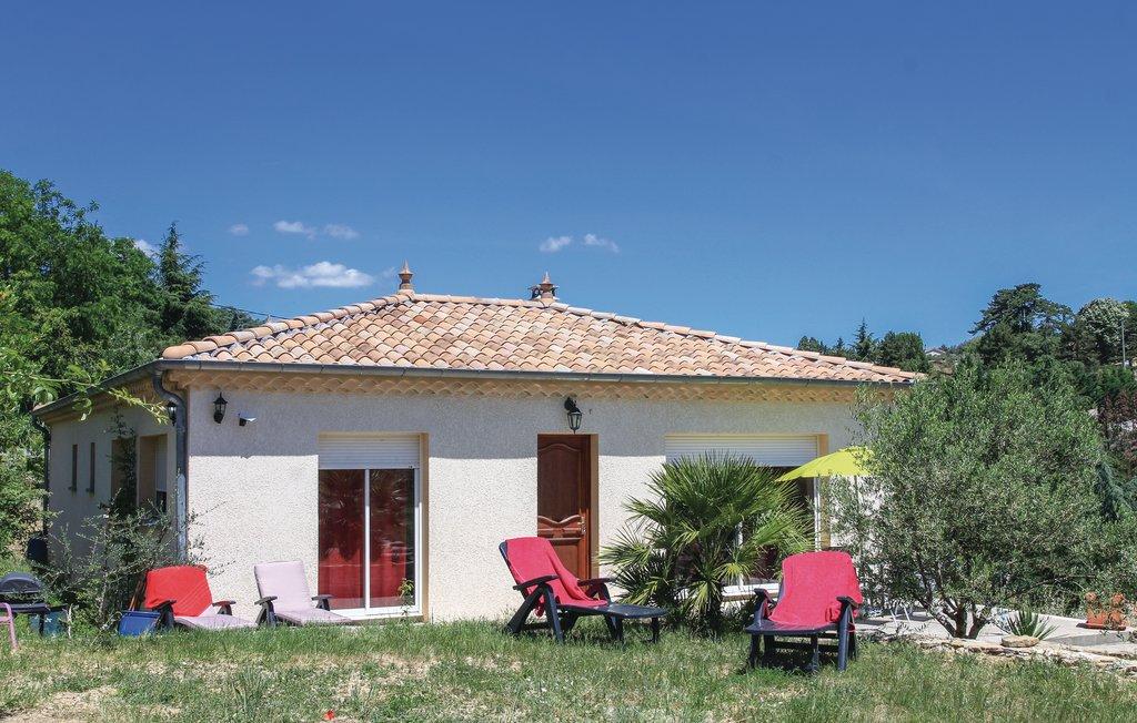 Location Maison à Aubenas - Photo 0 / 25