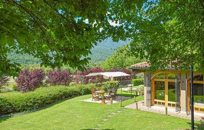 Villa Paradiso, Maison 12 personnes à Cogollo del Cengio