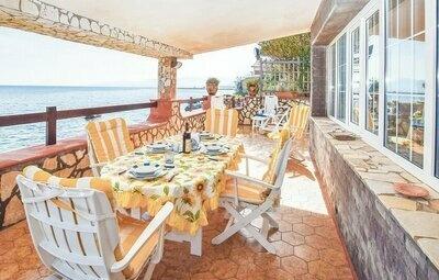 Villa Mare Blu, Maison 5 personnes à Trabia  (PA)