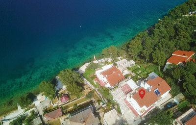 Maison 8 personnes à Okrug Donji