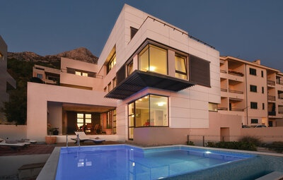 Maison 12 personnes à Makarska
