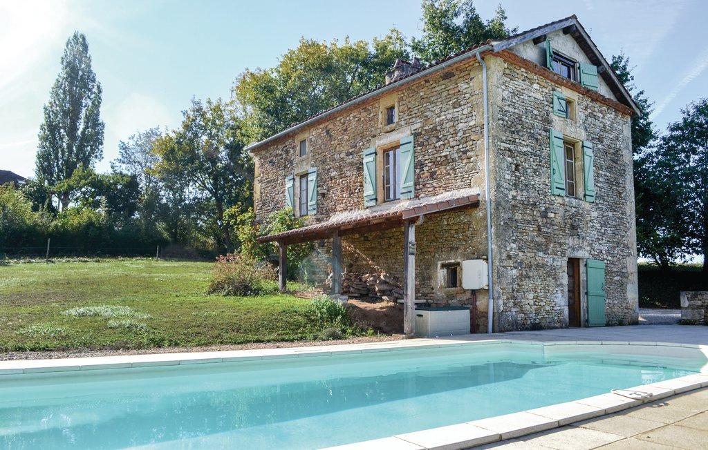 Location Maison à Villefranche du Perigo - Photo 0 / 17