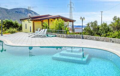 Villa Francesca, Maison 8 personnes à Praia a Mare