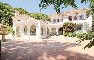 Maison 14 personnes à Ojen, Marbella