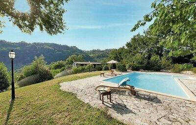 Villa Paesano, Maison 7 personnes à Casaprota (RM)