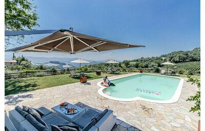 La Siroque, Maison 10 personnes à Montecatini Val di C.