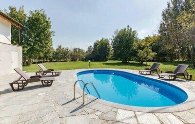 Villa Girasole, Maison 12 personnes à Incisa Scapaccino (AT)