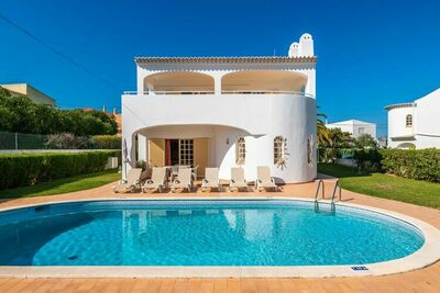 Villa tranquille à Albufeira avec piscine privée
