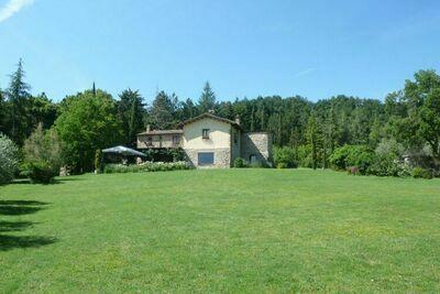 Villa La Felce, Maison 10 personnes à Cetona