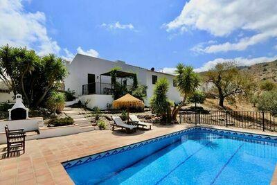 Villa relax Lasoco con piscina privada