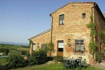 Sant'Agnese, Maison 13 personnes à Montepulciano